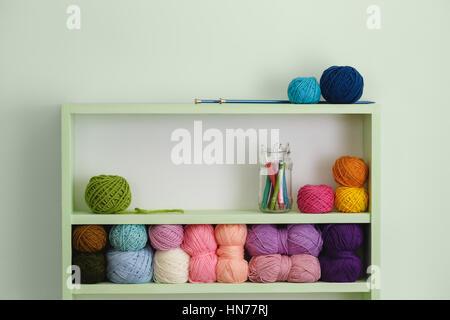 garn kugel kn uel haken nadel h keln h kelt geh kelt h keln handwerk kunsthandwerk. Black Bedroom Furniture Sets. Home Design Ideas