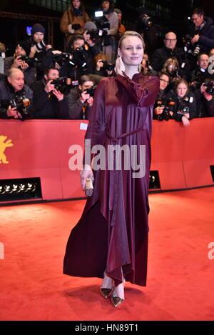 Berlin, Deutschland. 9. Februar 2017. Rosalie Thomass/Eröffnungsfilm Django/roter Teppich/Ankünfte/Berlinale 2017 - Stockfoto
