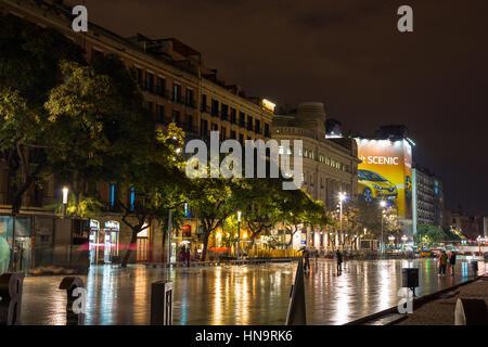 Placa De La Seu Platz vor der Kathedrale in der Nacht. Barcelona, Spanien - Stockfoto
