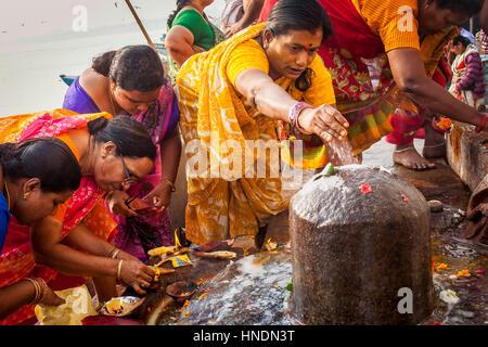Frauen suchen männer in mumbai