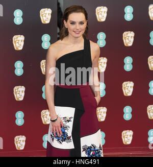 London, Vereinigtes Königreich von Großbritannien und Nordirland. 12. Februar 2017. Daisy Ridley besucht EE British - Stockfoto