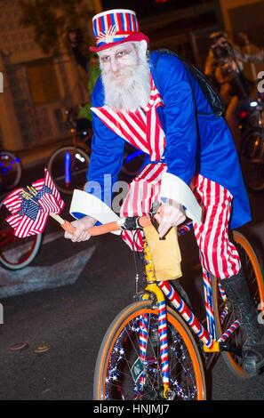 Teilnehmer bei der jährlichen Las Vegas Halloween-Parade in Las Vegas, Nevada - Stockfoto