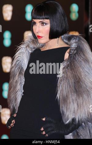 LONDON - 12. Februar 2017: Noomi Rapace besucht die EE British Academy Film Awards (BAFTA) in der Royal Albert Hall - Stockfoto