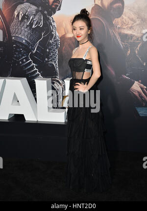 "Los Angeles, USA. 15. Februar 2017. Schauspielerin Jing Tian bei der Premiere für ""The Great Wall"" am TCL Chinese - Stockfoto"
