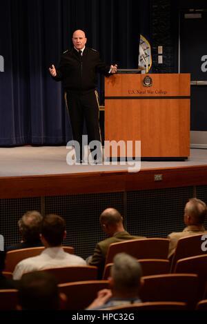 Generalleutnant H. R. McMaster während einer Veranstaltung an der U.S. Naval War College 22. März 2016 in Newport, - Stockfoto