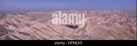 Panoramablick von Wadi Qelt auch Wadi Kelt oder Nahal Prat (Hebräisch??) ein Tal an der Juda oder Judäische Wüste - Stockfoto