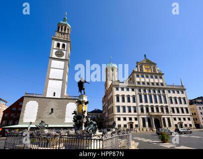 Deutschland, Augsburg, Augutsus Foutan, Perlach-Turm und Rathaus - Stockfoto