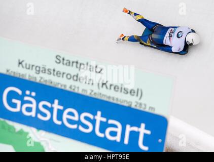 Königssee, Deutschland. 24. Februar 2017. Schwedischer Leichtathlet Rassmus Ottosson in Aktion bei den Bob & Skelton - Stockfoto