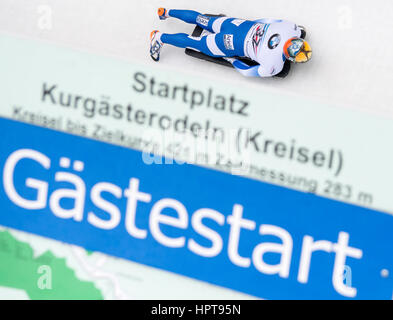 Königssee, Deutschland. 24. Februar 2017. Israelische Sportler Adam Edelmann in Aktion bei den Bob & Skelton World - Stockfoto