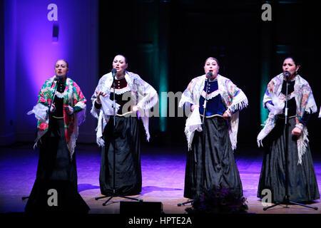 London, UK. 24. Februar 2017. Tge-Interpreten der Masleniza 2017 in der Phase der Malesnitsa-London-Feier in Cadogan - Stockfoto