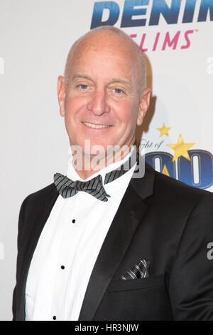Beverly Hills, Kalifornien, USA. 26. Februar 2017. TV-Persönlichkeit Steve Cederquist kommt auf der 27. Jahrestagung - Stockfoto