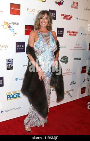 Los Angeles, Kalifornien, USA. 26. Februar 2017. Michelle Johnson im Ankunftsbereich für Hollywood Oscar anzeigen - Stockfoto