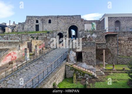Eine Ansicht, die antiken Ruinen in Stadt Pompeji, Italien. - Stockfoto