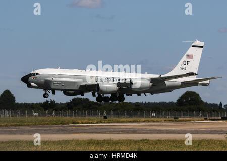 Vereinigte Staaten Luftwaffe Boeing RC-135 Rivet Joint - RAF Mildenhall - Stockfoto