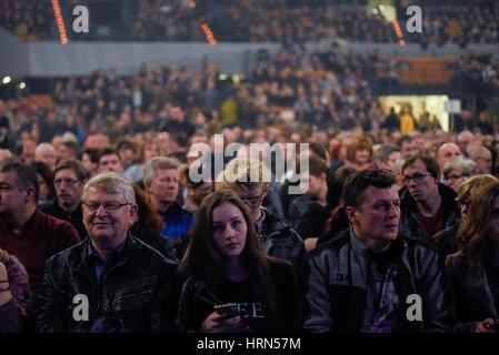 """Wroclaw, Polen. 3. März 2017. Hunderte von Fans der Australian Pink Floyd besuchen die visuelle Einstellung, """"The - Stockfoto"""