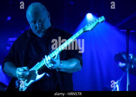 Wroclaw, Polen. 3. März 2017. Steve Mac, führt der Bassist von der Australian Pink Floyd während die visuelle Einstellung, - Stockfoto