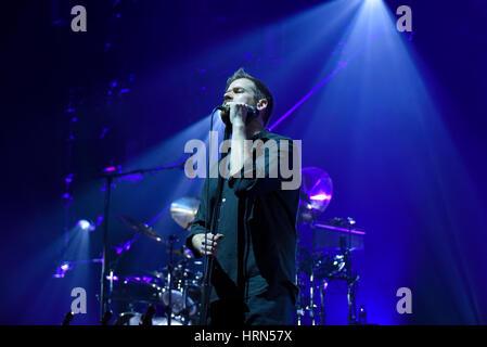 Wroclaw, Polen. 3. März 2017. Chris Barnes, der Sänger von der Australian Pink Floyd während visuelle Einstellung, - Stockfoto