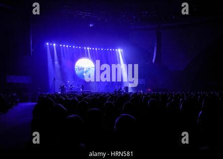 """Wroclaw, Polen. 3. März 2017.  Australian Pink Floyd führt während der visuellen Einstellung, """"The Best Side Of - Stockfoto"""