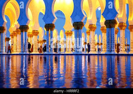 Sheikh Zayed Grand Mosque in Abu Dhabi, Vereinigte Arabische Emirate. - Stockfoto