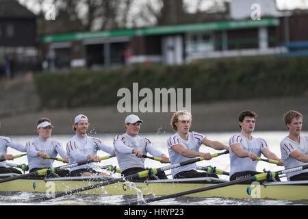 London, UK. 5. März 2016. Regatta-Befestigung. Oxford University Boat Club V ASR Nereus aus Holland. Als Vorbereitung - Stockfoto