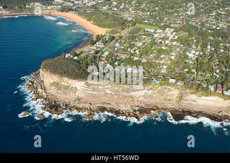 SYDNEYS STRANDGEMEINDE (Luftbild). Avalon Beach, Sydney, New South Wales, Australien. - Stockfoto