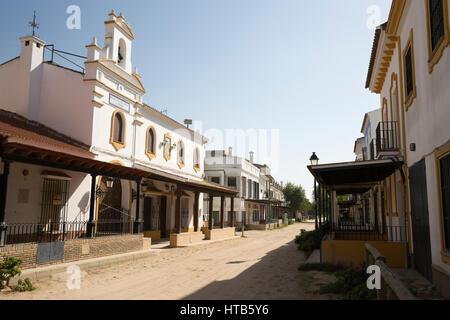 Sand Straßen und Bruderschaft Wohnungen, El Rocio, Provinz Huelva, Andalusien, Spanien, Europa
