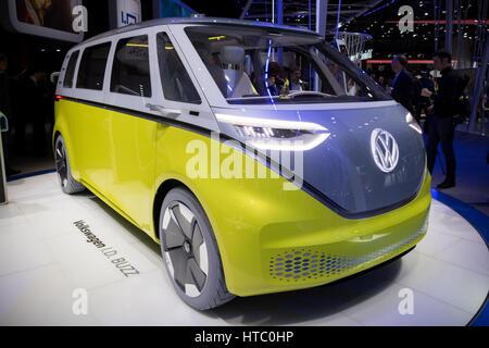 Genf, Schweiz - 7. März 2017: Neue elektrische Volkswagen Buzz I.D. van der 87. Genfer Autosalon vorgestellt. - Stockfoto