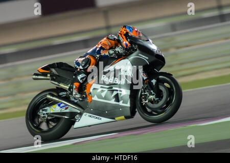 Losail Circuit, Katar. 10. März 2017. Mika Kalio für KTM Red Bull fährt auf der Strecke während der Tag einer der - Stockfoto