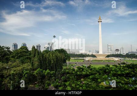 Nationaldenkmal in Merdeka Square in Zentral-Jakarta - Java, Indonesien - Stockfoto