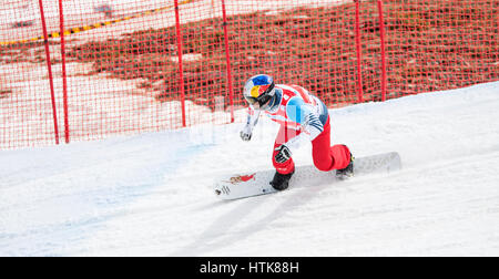 Sierra Nevada, Spanien. 12. März 2017. Pierre Vaultier (Frankreich) in das Halbfinale der Herren Snowboard Cross - Stockfoto