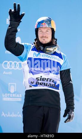 Sierra Nevada, Spanien. 12. März 2017. Alex Pullin (Australien, 3.) während das Podium der Herren Snowboard Cross - Stockfoto