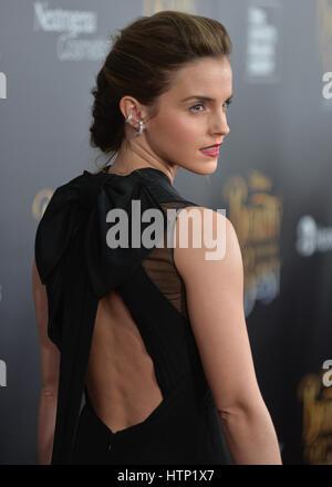 "NEW YORK, NY - 13. März 2017: Schauspielerin Emma Watson besucht das ""Beauty And The Beast""-New York-Screening in - Stockfoto"