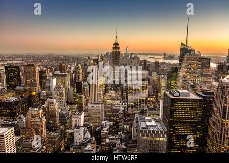 New York City Manhattan Skyline der Innenstadt. - Stockfoto