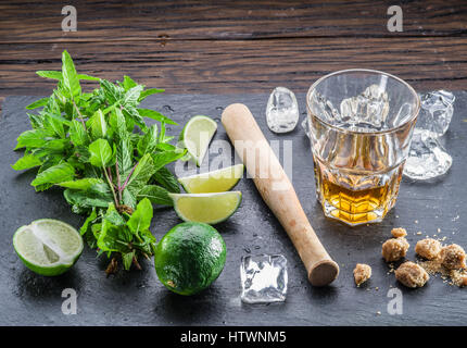 Mojito cocktail Zutaten. - Stockfoto