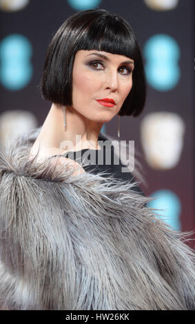 Noomi Rapace Teilnahme an der 2017 EE British Academy of Film and Television Arts Awards in der Royal Albert Hall, - Stockfoto