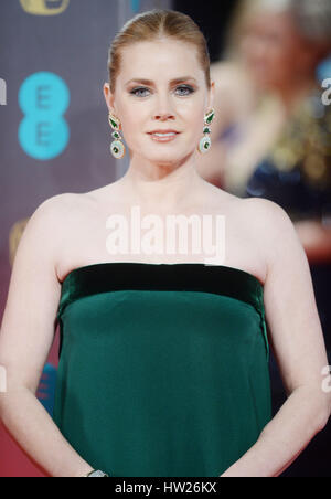 Amy Adams an der 2017 EE British Academy of Film and Television Arts Awards in der Royal Albert Hall, London.  Mitwirkende: - Stockfoto