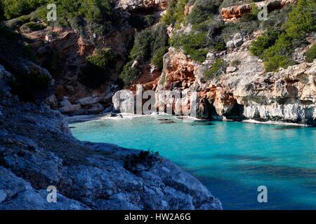 Mittelmeer, Cala Llombards, Mallorca. - Stockfoto