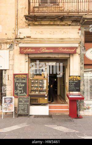 Die Cafeteria und Restaurant Raniri in Valetta Malta typische maltesische Küche zu verkaufen - Stockfoto
