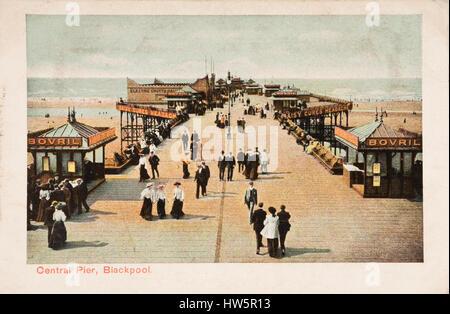 Central Pier, Blackpool. Frühe Postkartenblick - Stockfoto