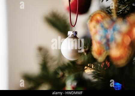 Weihnachtsdekoration, hängen, Weihnachtsbaum, Nahaufnahme - Stockfoto