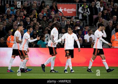 Lager nicht Stadion, Barcelona, Spanien. , . Mangala Celebretes sein Ziel während eines Spiels der Santander League - Stockfoto