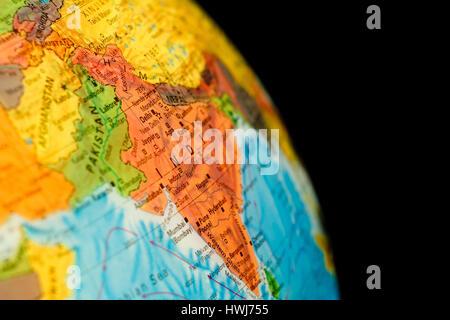 Karte von India.Selective Fokus auf Delhi. Kugel-Hintergrundbeleuchtung Beleuchtung und Kopie Raum - Stockfoto