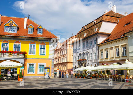 Sibiu, Rumänien - 19. Juli 2014: Altstädter Ring im historischen Zentrum von Sibiu wurde im 14. Jahrhundert, Rumänien - Stockfoto