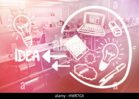 Zusammengesetztes Bild der Glühbirne mit Computer-Icons gegen leere Computer Raum 3d - Stockfoto