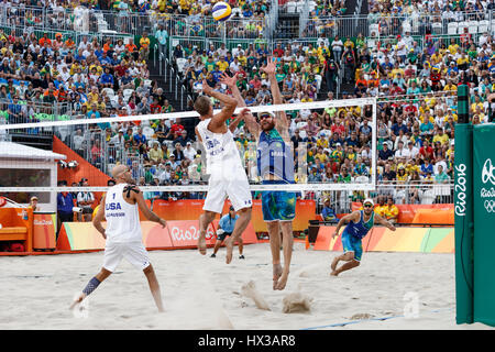 Rio De Janeiro, Brasilien. 15. August 2016 Alison Cerutti-Bruno Schmidt (BRA) Vs Phil Dalhausser – Nick Lucena (USA) - Stockfoto