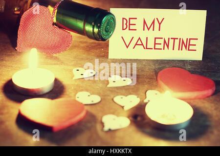 Valentinstag Kerzen Wein - Stockfoto
