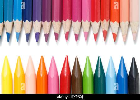 Buntstifte in einer Reihe - Stockfoto