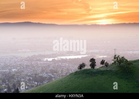 Atemberaubende Silicon Valley Sonnenuntergang - Stockfoto
