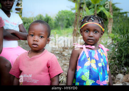 Haitianische Kinder an Clinicc - Stockfoto