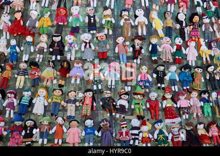 Puppen weihnachtsbaum plaza de armas